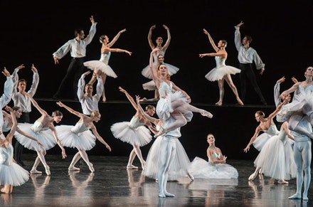 Aurélie Dupont and Paris Opera Ballet in Serge Lifar's Suite en Blanc. © Stephanie Berger.