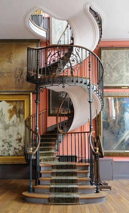Escalier de l'atelier de Gustave Moreau, Albert Lafon architecte, 1895, Paris, musée Gustave Moreau (c) RMN / Franck Raux