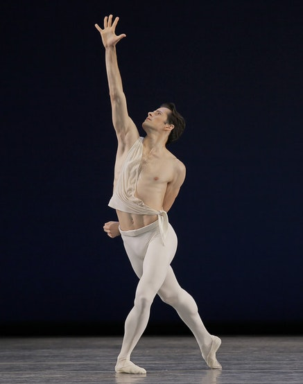 Robert Fairchild in George Balanchine&rsquo;s <em>Apollo</em>. Photo: Paul Kolnik. Image courtesy the New York City Ballet.