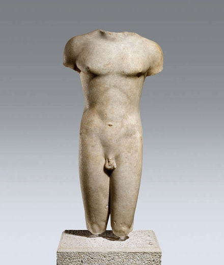 Greek, Cycladic, ca. 510–500 b.c.e.: Torso of a Kouros (Naked Male Youth). Parian marble; h. 72 cm., max. w. 28 cm., max. th. 24 cm. London, British Museum (1887.8-1.1). © The British Museum / British Museum Images.