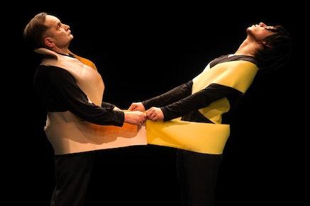 Raimund Hoghe and Takashi Ueno in <i>Pas De Deux</i>. Photograph by Julieta Cervantes.
