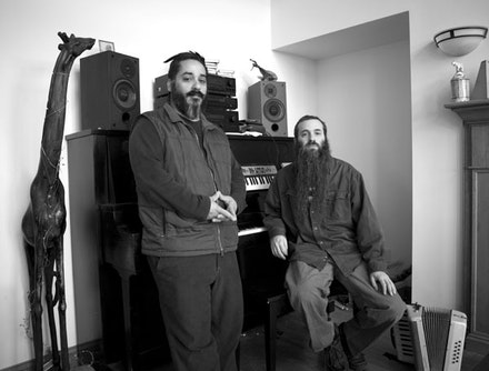 Jamie Saft and Craig Santiago. Photo: Lily Prince.