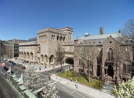 Exterior view of the Yale University Art Gallery, (left to right: Louis Kahn building, Old Yale Art Gallery building, Street Hall). © Chris Gardner, 2012.