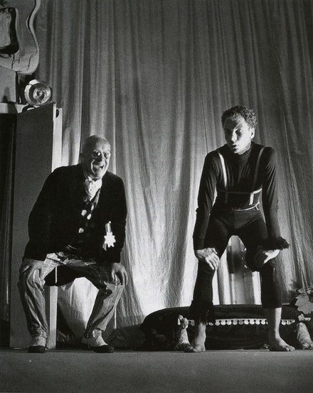 <p><em>The Ruse of Medusa</em>, performance at Black Mountain College, 1948: Buckminster Fuller with Merce Cunningham. Photo: Clemens Kalischer. Courtesy of the artist.</p>
