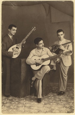 Insert Image from <i>Greek Rhapsody: Instrumental Music from Greece 1905-1956</i>. Dust-to-Digital Records, 2013.