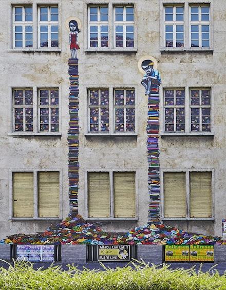 Tinho, former police headquarters, Frankfurt, 2013. Courtesy: Walter Nomura aka Tinho and Schirn Kunsthalle Frankfurt. Photo: Norbert Miguletz.