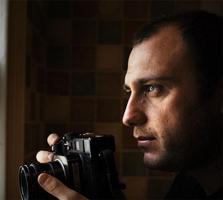 Shaul Schwarz, the director of <i>NARCO CULTURA</i>. Courtesy of: Cinedigm.