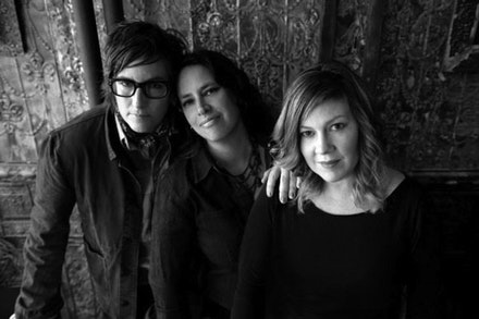 Luscious Jackson. Photograph by Doug Seymour.