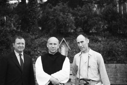 Photo of Ad Reinhardt, Thomas Merton, and Robert Lax in Kentucky, 1958. Courtesy the Ad Reinhardt Foundation.