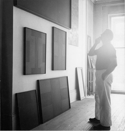 <br /> Reinhardt in his studio. Courtesy the Ad Reinhardt Foundation.