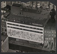 Andreas Feininger. The Museum of Modern Art, New York. Philip Goodwin and Edward D Stone, Façade, aerial view. Image: © The Museum of Modern Art/Licensed by SCALA / Art Resource, NY and Estate of Andreas Feininger.