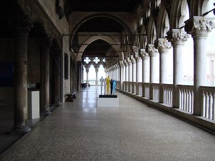 Riccardo Licata, Glass Artwork in Palazzo Ducale, Venezia.