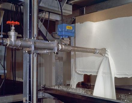 "Roxy Paine, ""PMU,"" 2001. Aluminum, stainless steel, computer, electronics, relays, custom software, acrylic, servo motors, valves, pump, precision track, glass, rubber, 110 × 157 × 176 ̋."