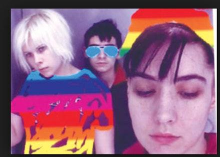 LE TIGRE (Johanna Fateman, JD Samson, Kathleen Hanna), 2000. Photo booth picture, Tokyo, Japan.