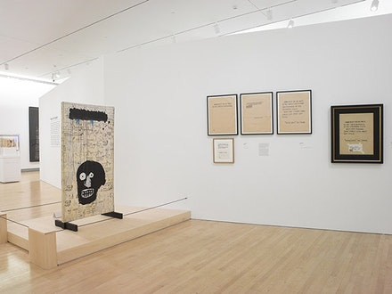 <em>Basquiat: The Unknown Notebooks</em> (2015). Installation shot. Photo: Jonathan Dorado. Courtesy of the Brooklyn Museum.
