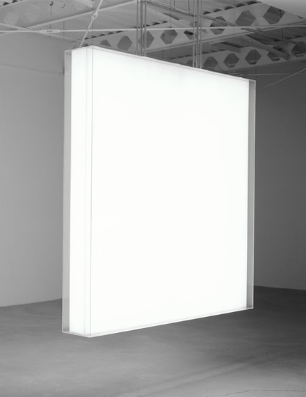 "Mary Corse, ""Untitled"" (1967). Plexiglas and light, 6 × 6 ́ × 10 ̋. Courtesy of the artist, Ace Gallery, and Lehmann Maupin."