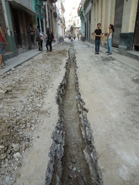 Government drilling of Tejadillo street in Old Havana, next to Bruguera's home. Photo by Lucia Hinojosa.