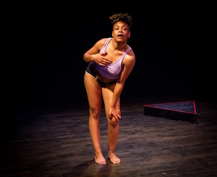 Rakiya A. Orange's <em>Aziza</em>, Fall 2014. Photo: Alex Escalante. Courtesy Gibney Dance.