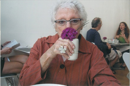Photo of Linda Nochlin by Moira Roth.