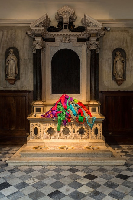 Patricia Cronin, <em>Saris</em>, installation view, Shrine For Girls, Venice, Chiesa di San Gallo, Solo Collateral Event of the 56th International Art Exhibition - la Biennale di Venezia 2015, saris and wood, 2015. Photo: Mark Blower.