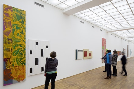 "Installation view: Mary Heilmann and David Reed, ""Two by Two,"" Hamburger Bahnhof – Museum für Gegenwart – Berlin, 2015. © Staatliche Museen zu Berlin, Nationalgalerie. Photo: Thomas Bruns, Berlin."