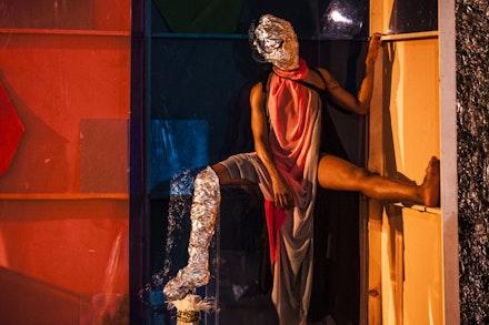 Omagbitse Omagbemi holds a pose at Walter Dundervill's <em>Arena</em>. Photo: Maria Baranova.