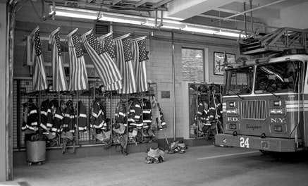 """""""FDNY Engine 1, Ladder 24"""" by Andy Cross (flic.kr/p/5dtuk1) used under (CC BY-NC 2.0)."""