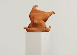 Arlene Shechet, <em>No Noise</em>, 2013. Glazed ceramic, painted wood base, 17 x 16 x 13 inches (ceramic), 67.75 x 17 x 14 inches (overall). Courtesy the artist and Sikkema Jenkins & Co., New York.