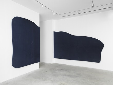 Installation view: <em>Landon Metz</em>, James Fuentes Gallery, New York. Courtesy the artist and James Fuentes.