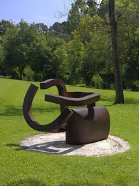 Eduardo Chillida, <em>Peine del viento XIX</em>, 1999, Chillida Belzunce Family Collection © Zabalaga—Leku, DACS, London, 2015.