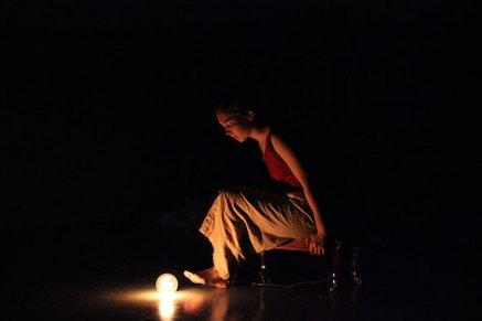Molly Schaffner in <em>Parai&#769;so</em>. Photo: Jodi Connelly.