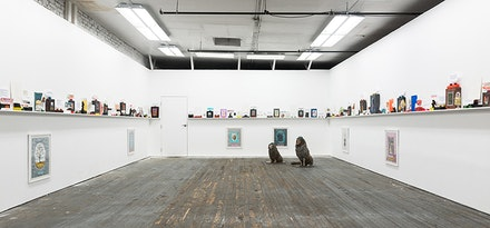 Installation view: Robin Winters, <em>Free Standing Sentence</em>, Present Company, November 13, 2015 - January 17, 2016. Courtesy Present Company. Photo: Ethan Browning.