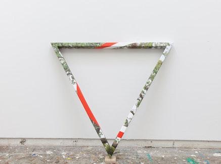 James Hyde, <em>TRIANGULAR TREE</em>, 2015. Acrylic dispersion on archival inkjet print on wood, 40 x 46 x 12 inches. Courtesy Luis De Jesus Gallery.