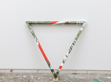 James Hyde, <em>TRIANGULAR TREE</em>, 2015. Acrylic dispersion on archival inkjet print on wood, 40 x 46 x 12 inches. Courtesy Luis De Jesus Gallery.