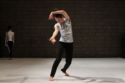 Sarah Skaggs in <em>The New Ecstatic 2.0</em>. Photo: Julie Lemberger.