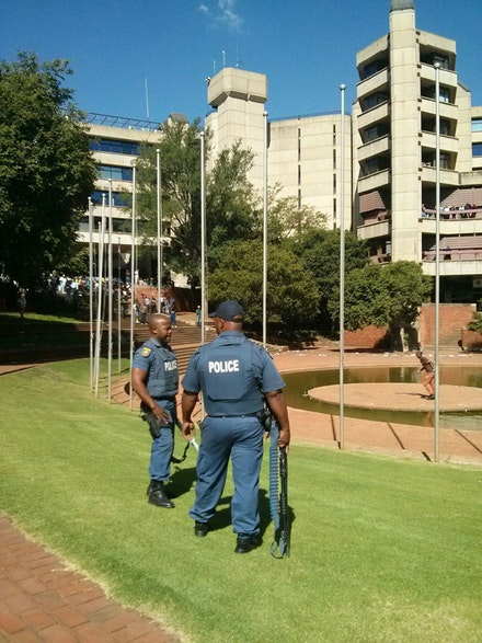 Police on University of Johannesburg campus