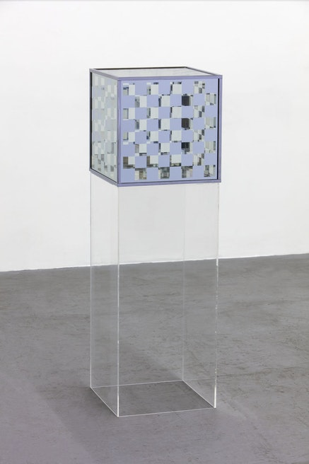Larry Bell, <em>Bette and the Giant Jewfish</em>, 1963. Vacuum coated glass and chrome plated metal. Unique. 16 1/2 x 16 1/2 x 16 1/2 inches. 36 x 16.5 x 16.5 inches (pedestal). Courtesy of the artist and Hauser &amp; Wirth. Photo: Fredrik Nilsen.