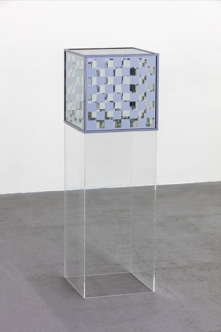 Larry Bell, <em>Bette and the Giant Jewfish</em>, 1963. Vacuum coated glass and chrome plated metal. Unique. 16 1/2 x 16 1/2 x 16 1/2 inches. 36 x 16.5 x 16.5 inches (pedestal). Courtesy of the artist and Hauser & Wirth. Photo: Fredrik Nilsen.
