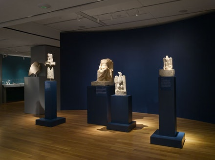 Installation view: <em>Gods and Mortals at Olympus: Ancient Dion, City of Zeus</em>, Onassis Foundation (USA), March 24 – June 18, 2016. © Hellenic Ministry of Culture and Sports—Archaeological Receipts Fund. Courtesy the Ephorate of Antiquities of Pieria and the Dion Excavations. Photo: Joseph Coscia, Jr.