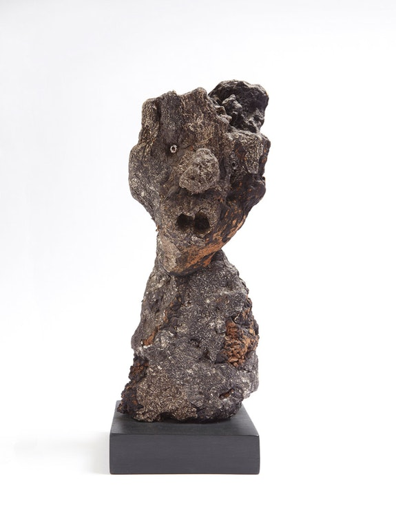 Jean Dubuffet, <em>L'étonné [The Astonished Man]</em>, October 1959. Silver foil and driftwood. 14 1/8 inches high. Private Collection. Photo by Kent Pell / Art © 2016 Artists Rights Society (ARS), New York / ADAGP, Paris.