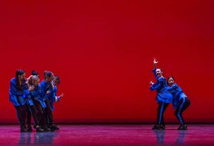 Martha Graham Dance Company in Marie Chouinard's <em>Inner Resources</em>. Photo: Brigid Pierce.