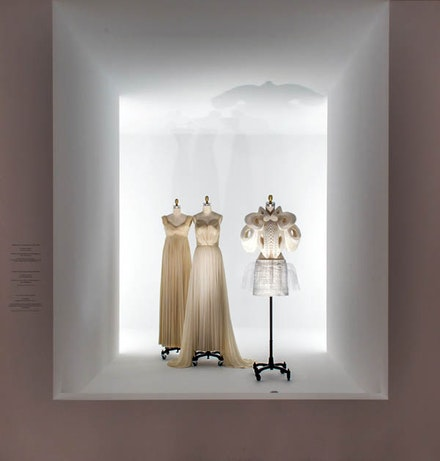 Installation view: <em>Manus x Machina: Fashion in an Age of Technology</em>. The Metropolitan Museum of Art, May 5 – September 5, 2016. Lower Level Gallery View: Pleating. © The Metropolitan Museum of Art.