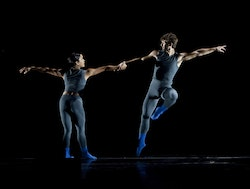 LA Dance Project dancers Stephanie Amuro and Aaron Carr in <i>Helix</i> by Justin Peck. Photo: Rose Eichenbaum.
