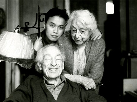 Phong Bui with Meyer and Lillian Schapiro, c. 1994. Photo by Eyal Danieli.