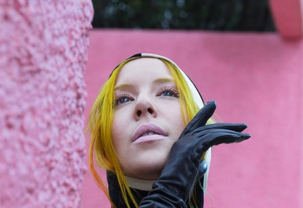 Austra. Photo by Renata Raksha.