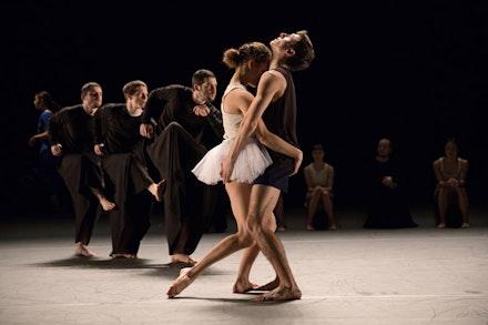 Zina Zinchenko and Bret Easterling (foreground) in <em>Last Work</em>. Photo: Julieta Cervantes.