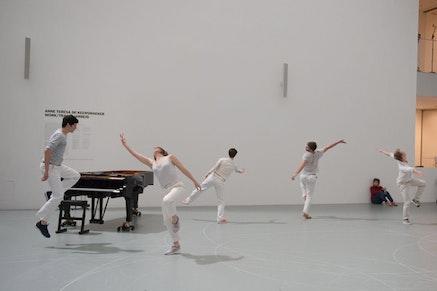 Rosas, <em>Work/Travail/Arbeid</em>, the Museum of Modern Art, March 29 &#8211; April 2, 2017. &#169; 2017 The Museum of Modern Art, New York. Photo: Anne Van Aerschot.