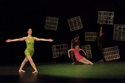 Claire Seigle-Goujon, Gianni Joseph, Anna Chirescu, and Lucas Viallefond, <em>Place</em>. Photo: Charlotte Audureau.