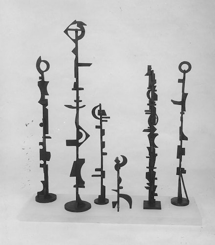 Dorothy Dehner, <em>Encounter</em>, 1969. Bronze, si× parts, each 50 × 7 × 7 inches, 40 × 6 × 6 inches, 39 × 5 × 5 inches, 38 × 4 1/2 × 4 1/2 inches, 27 1/2 × 5 × 4 1/2 inches, and 14 1/2 × 5 × 4 inches. The Museum of Modern Art, New York. Committee on Painting and Sculpture Funds and partial gift of the Dorothy  Dehner  Foundation for the Visual Arts, 2010.  © 2017 Dorothy  Dehner  Foundation for the Visual Arts