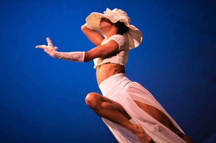 Dancer/Choreographer, Alicia Dellimore in her piece <em> Untold Narrative. </em> Credit: Shane Drummond